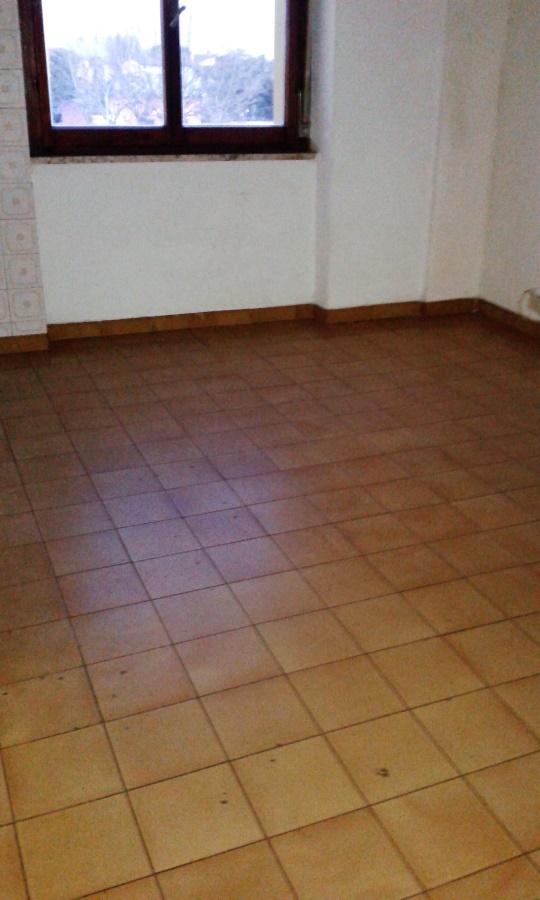 Appartamento in vendita a Castelnuovo Magra, 3 locali, prezzo € 69.000   CambioCasa.it