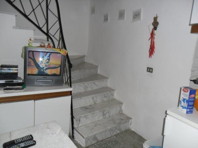 Soluzione Semindipendente in vendita a Ortonovo, 3 locali, prezzo € 79.000 | CambioCasa.it