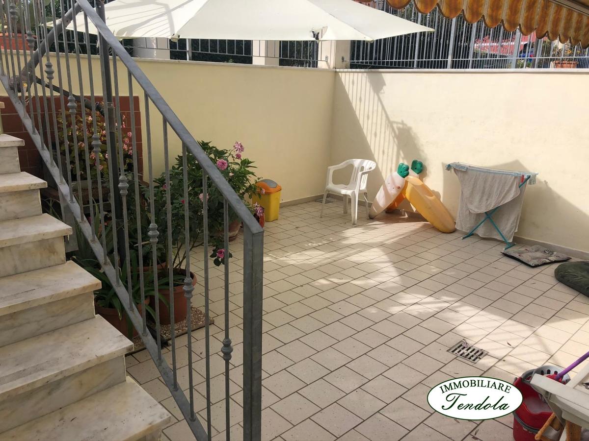 Appartamento in vendita a Fosdinovo, 4 locali, prezzo € 180.000 | PortaleAgenzieImmobiliari.it